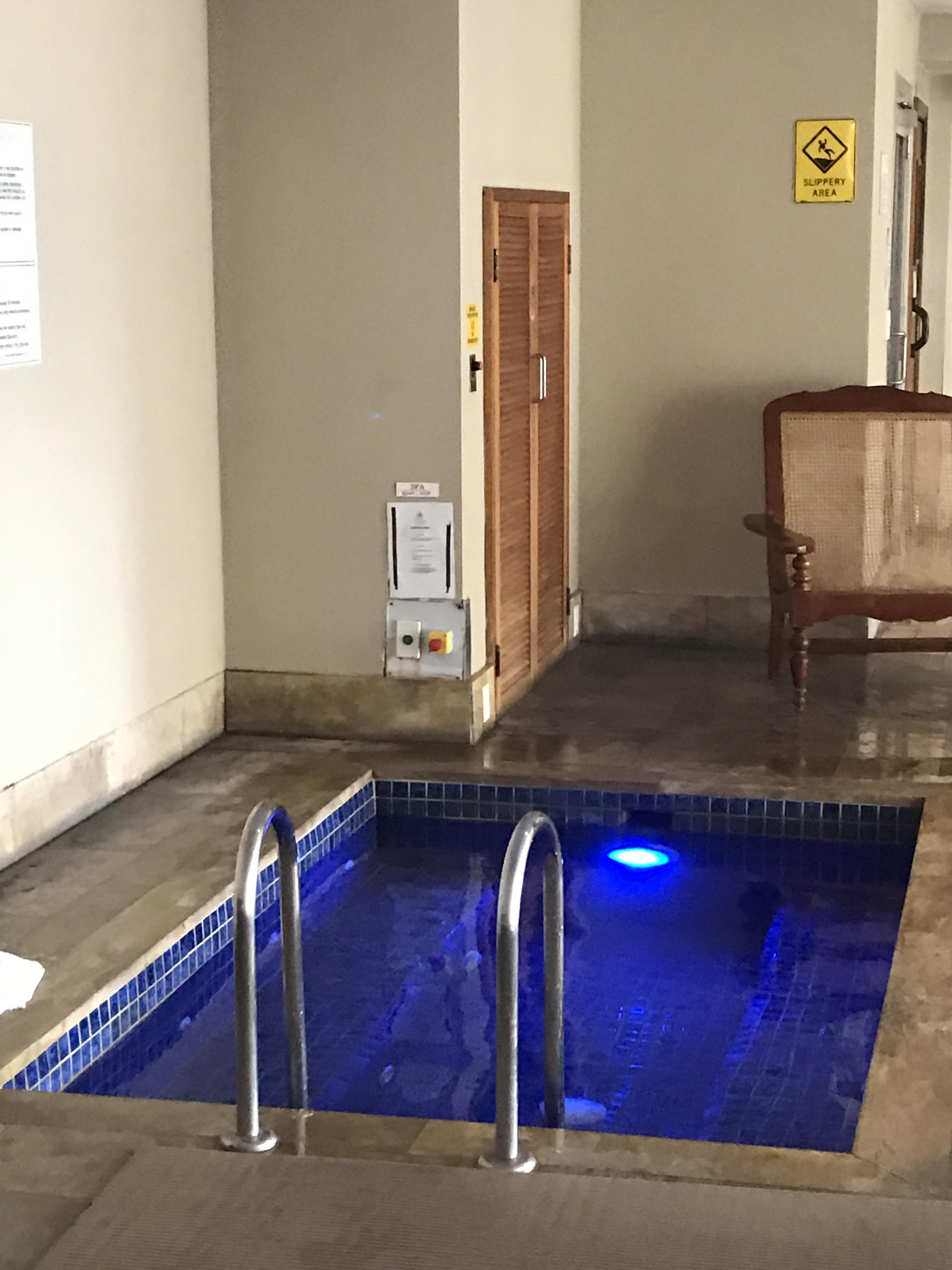 Jamison Amora Hotel Pool