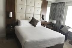 Amora Hotel Jamison Sydney Zimmer Bett