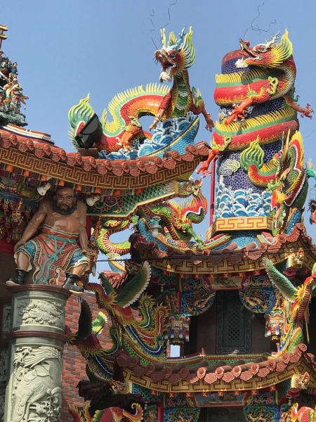 Tempel Drachen & Tiger Pagoden am Lotussee in Kaohsiung Taiwan